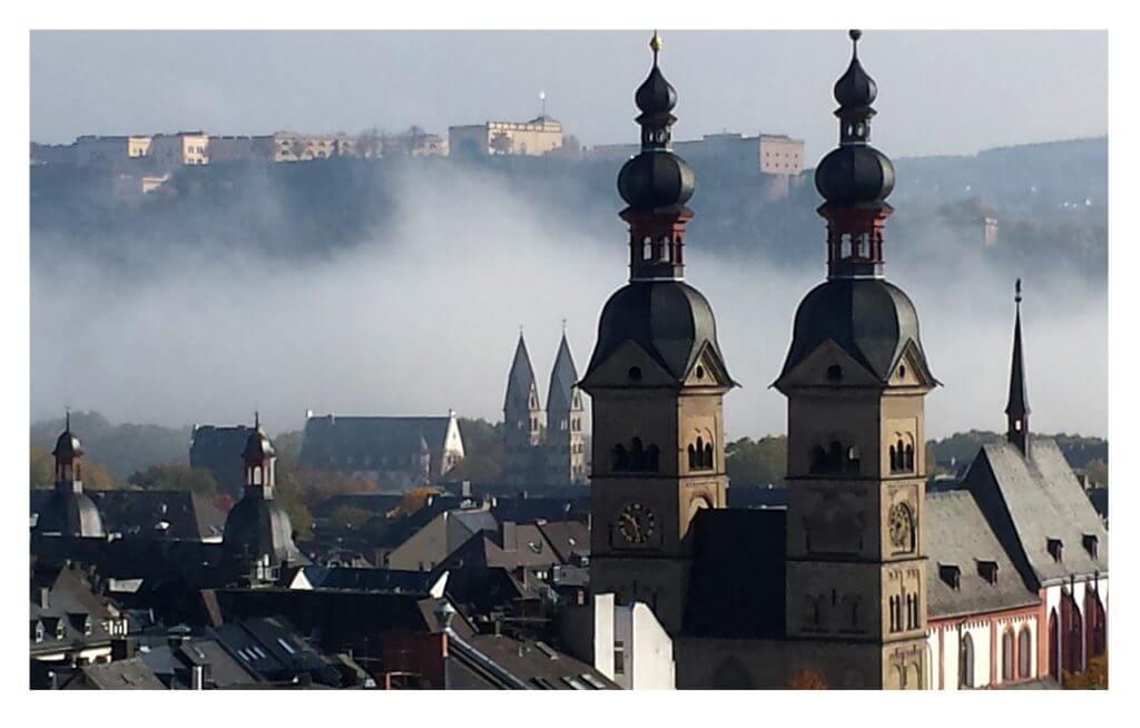 Nebelschwaden über der Koblenzer Altstadt, Foto: Bernhard Schmitz