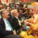 HeimatHelden-Preisverleihung 2019: Klinik-Clowns in Interaktion mit dem Publikum