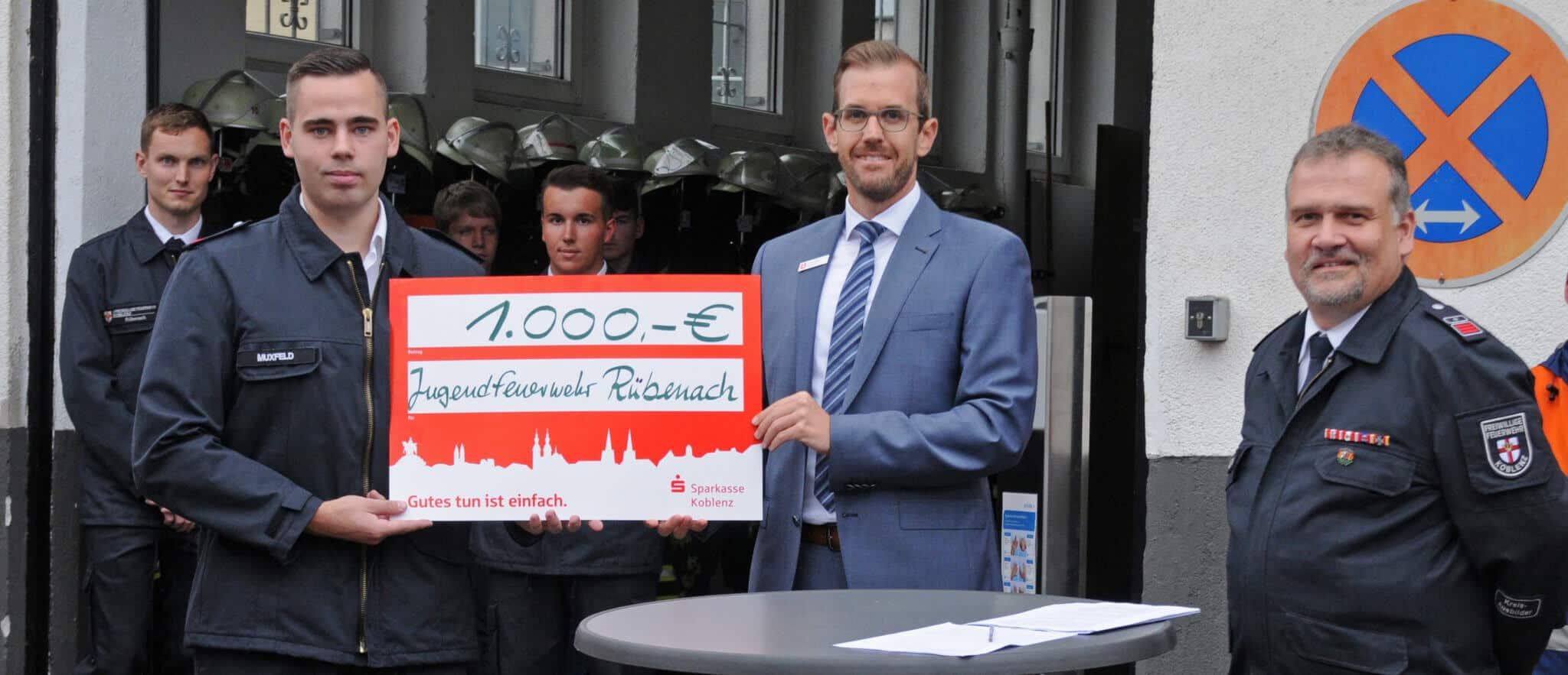 Spendenscheck Jugendfeuerwehr Ruebenach